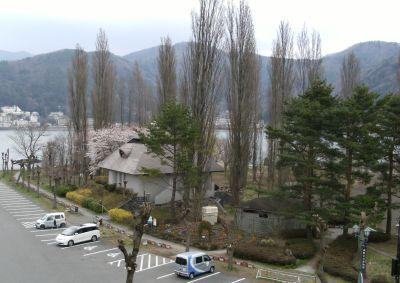 hotel-f.JPG